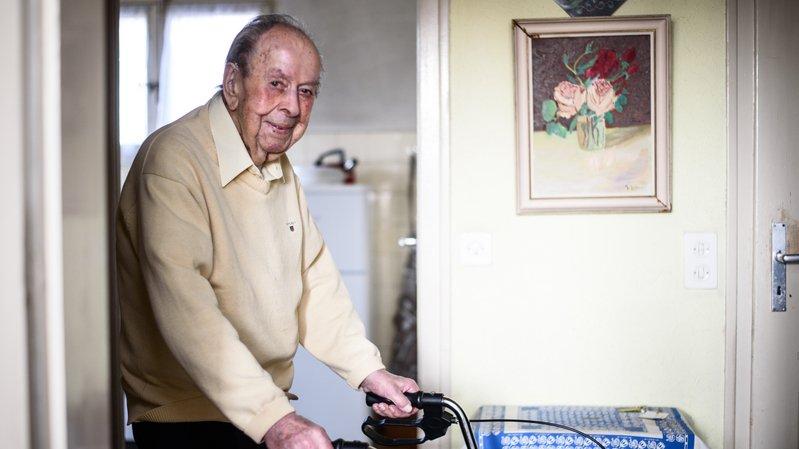 Bon vivant, ce centenaire de Perroy est un solide gaillard