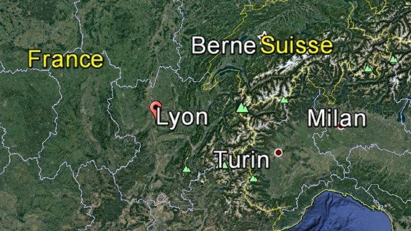 Une retraitée décapitée à Lyon: son fils schizophrène soupçonné