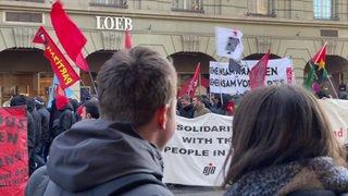 Un millier de personnes défilent à Berne contre le WEF