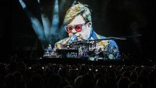 Malade, Elton John interrompt brusquement un concert