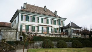Le château d'Etoy devient monument historique, au grand dam des proprios