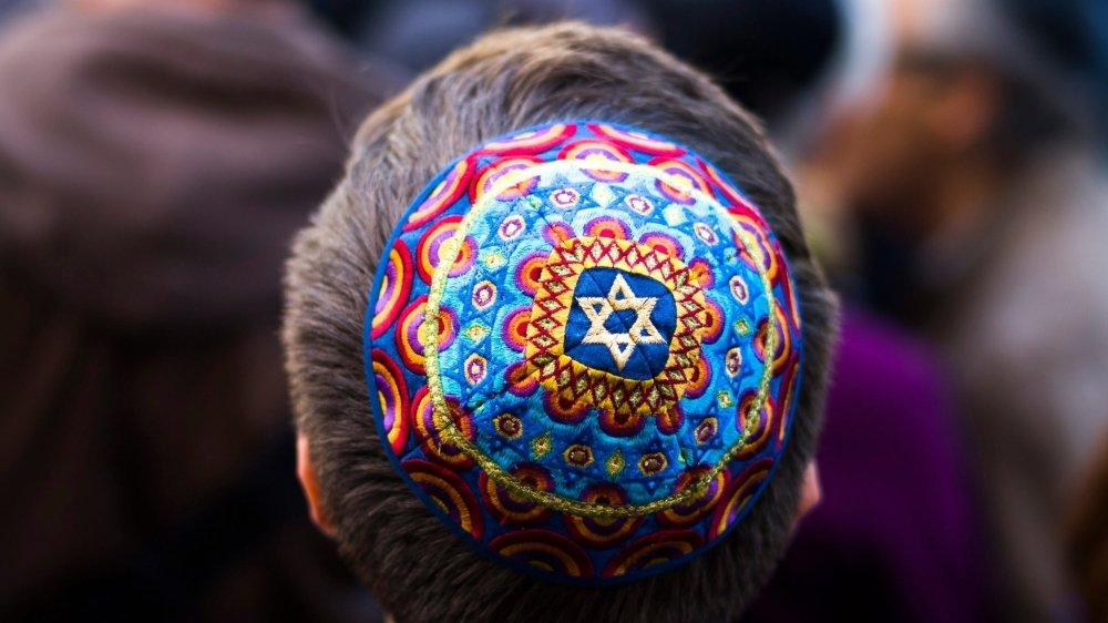 Les actes antisémites sont stables en Suisse alémanique, mais en hausse en Romandie.