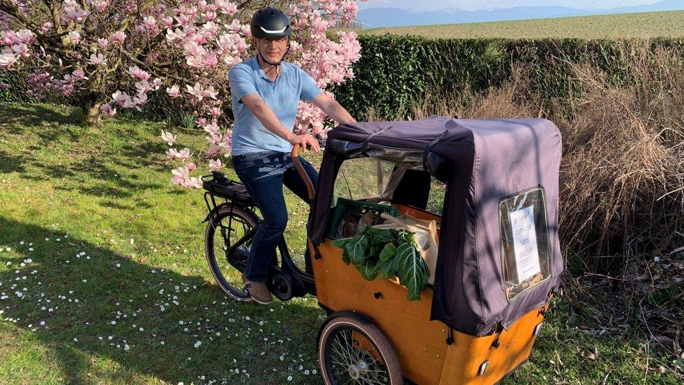 André Burri fera ses livraisons grâce à son vélo cargo électrique.