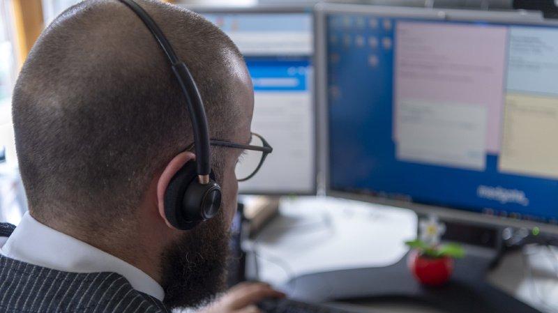 Coronavirus: la ligne téléphonique d'urgence est prise d'assaut en Suisse