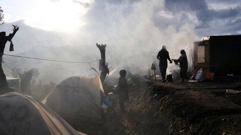 Grèce: un centre d'accueil pour réfugiés incendié à Lesbos