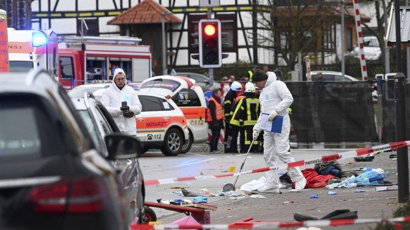 Allemagne: 18 enfants blessés par la voiture qui a foncé dans un défilé de carnaval