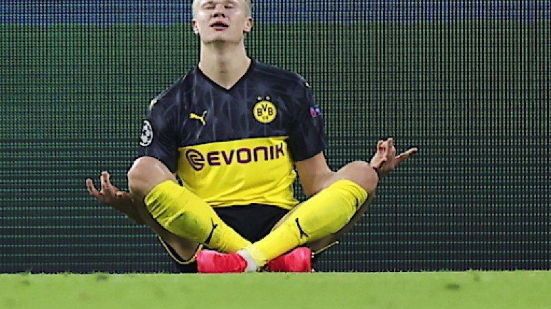 Football - Ligue des champions: Dortmund bat Paris