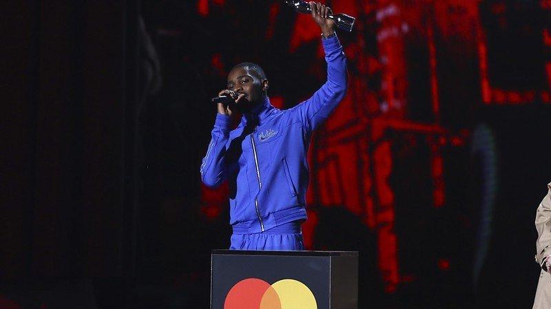 Musique: l'album engagé du rappeur Dave rafle la mise aux Brit Awards