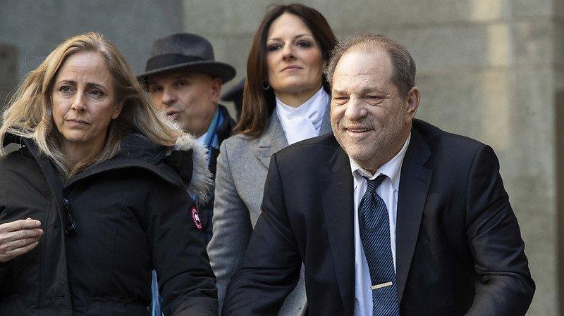 Agressions sexuelles: Harvey Weinstein est condamné à 23 ans de prison
