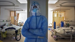 Coronavirus: le nombre quotidien de nouveaux cas de contamination est en baisse