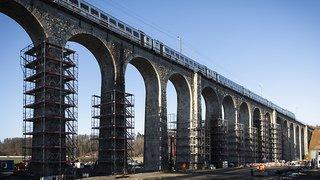 Nouveau pont en acier pour le viaduc de Gümmenen