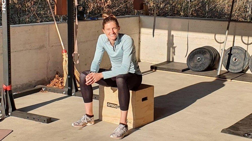Lea Sprunger peut s'entraîner chez elle, à Gingins, où elle avait construit une salle de fitness de fortune.
