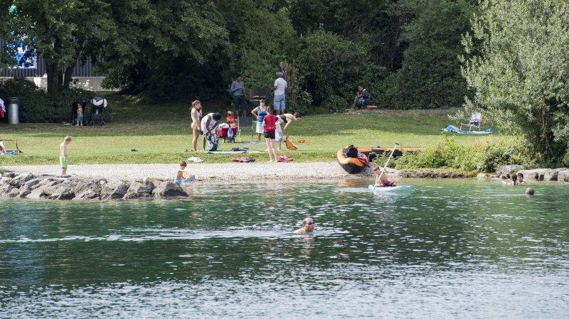 Neuchâtel: un attroupement de 200 jeunes alcoolisés au bord du lac repousse la police