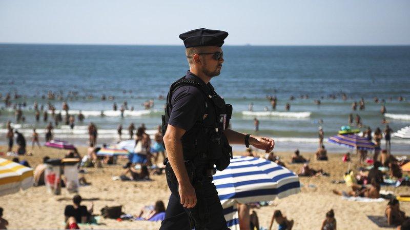 Coronavirus: une société imagine des box en plexiglas sur les plages d'Italie cet été