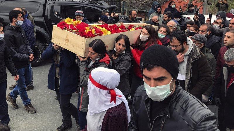 Turquie: mort d'une chanteuse de 28 ans en grève de la faim