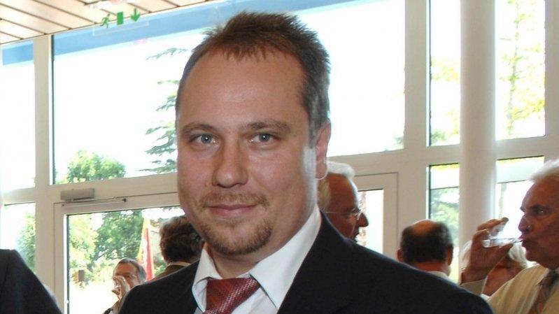Frédéric Mani, syndic de Dully depuis 2010, siège au comité directeur de plusieurs associations intercommunales.