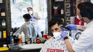Rouverts, les coiffeurs vaudois sont bons élèves