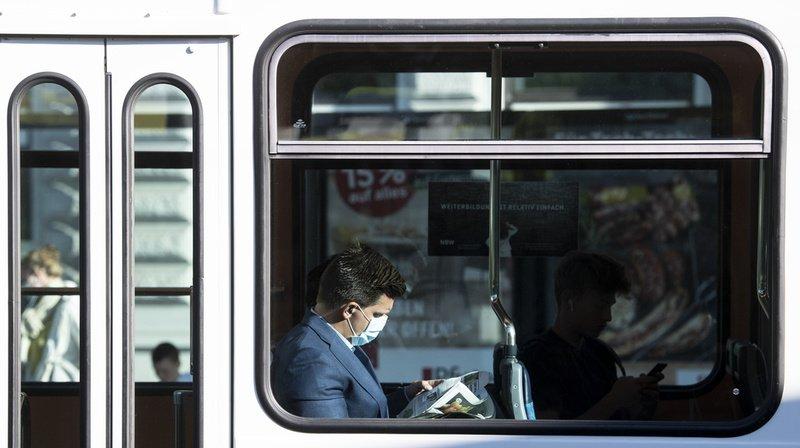 Coronavirus: peu de passagers portent un masque dans les transports zurichois