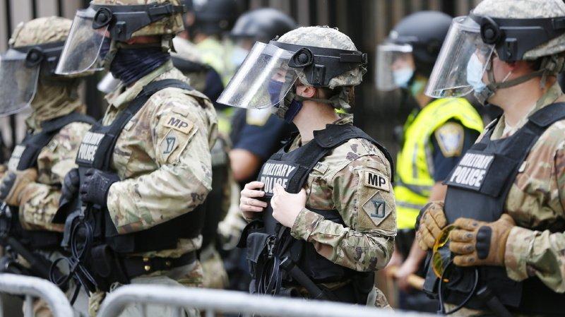 La Suisse est inquiète du «recours disproportionné à la force» par la police contre les Afro-Américains après le décès de George Floyd.