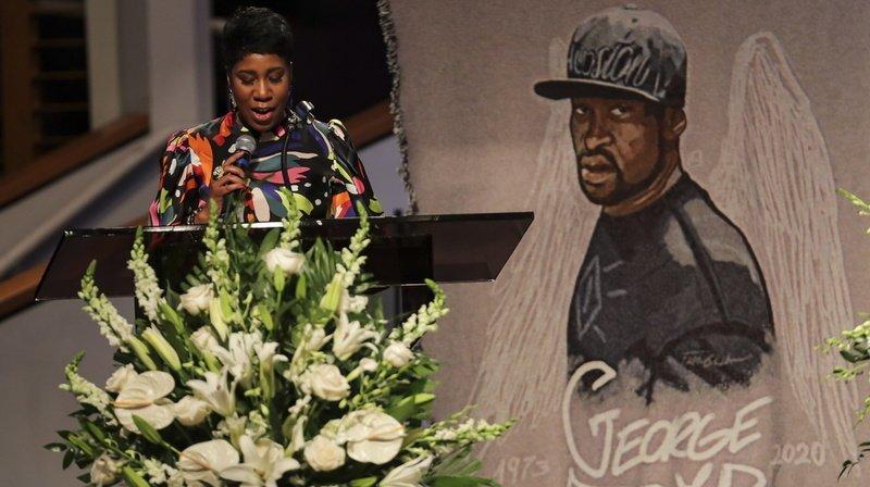 L'Amérique enterre George Floyd, martyr des violences policières