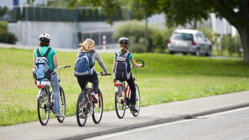 A l'heure actuelle, seuls les vélos de jeu et les vélos sans pédales sont admis sur les trottoirs. (Illustration)