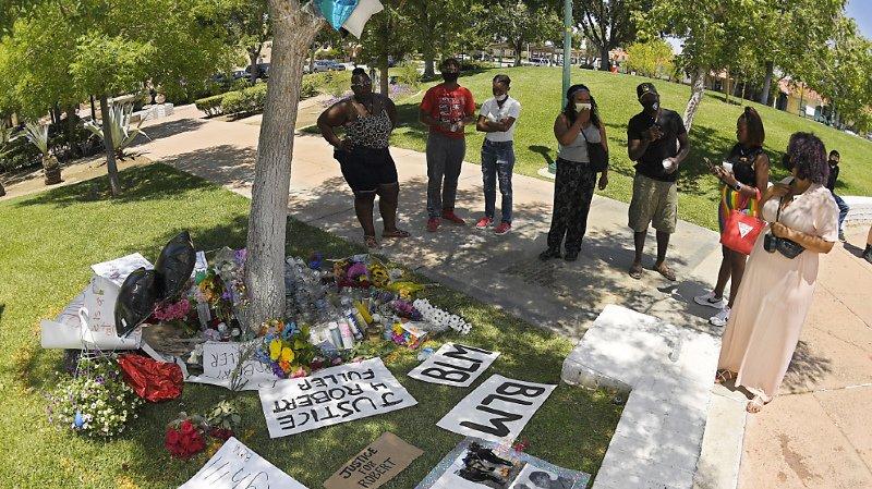 Etats-Unis: la police enquête sur un jeune noir retrouvé mort pendu à Los Angeles