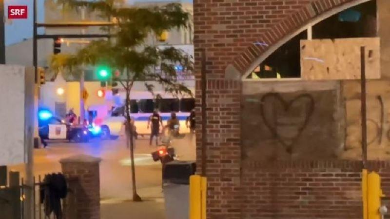 Etats-Unis: des journalistes suisses visés par la police lors des manifestations à Minneapolis