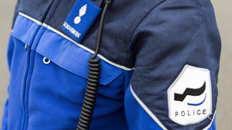 """""""Après plusieurs mois, l'enquête de police a permis d'identifier le conducteur, un homme de 43 ans"""", a indiqué lundi la police fribourgeoise (illustration)."""
