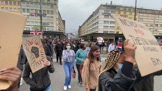Un millier de manifestants contre le racisme à Bienne