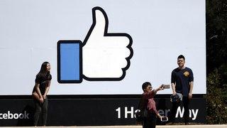 Réseaux sociaux: Facebook va donner la priorité aux informations sourcées