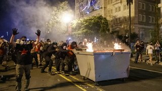 Etats-Unis: couvre-feu et déploiement de militaires dans plusieurs villes