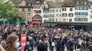 Mort de George Floyd: des milliers de manifestants dans plusieurs villes suisses