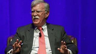 Bolton: Trump n'est «pas apte à la fonction» de président