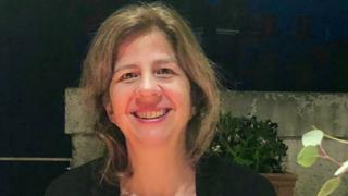 La socialiste Chiara Montecchio au perchoir du Conseil de Nyon