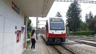 Le petit train rouge remplacé par des bus entre Nyon et Genolier