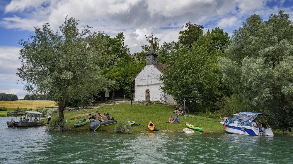 Découvrez les beautés du lac de Gruyère.