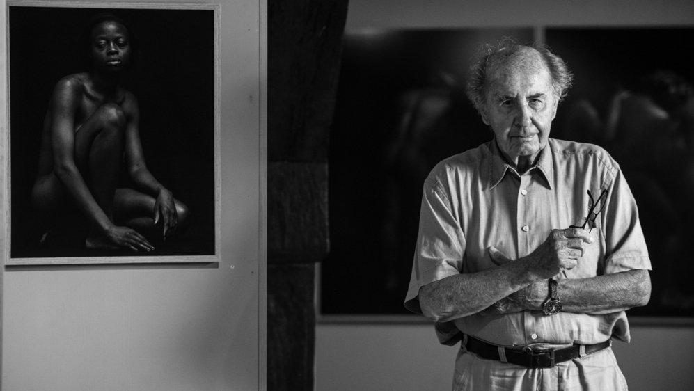 Le Rollois Jean Mayerat, aujourd'hui âgé de 91 ans, dit n'être devenu photographe professionnel qu'à 60 ans.