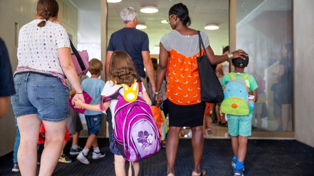 Les directions d'établissement travaillent dur pour que chaque rentrée se passe bien, mais certaines décisions provoquent l'incompréhension de parents.