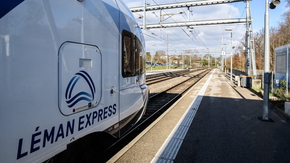 Les trains circulant entre Coppet et Genève sont deux fois moins nombreux depuis jeudi.