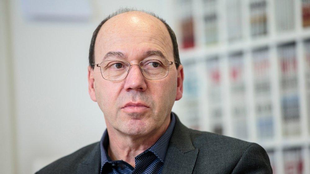 Pierre-André Romanens avait évoqué l'éventualité d'une initiative populaire au lendemain du départ de l'AdCV de la plateforme de discussion entre le canton et les communes.