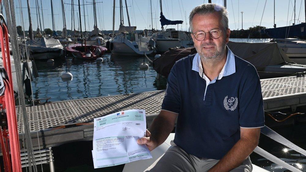 Maurice Guex a vu arriver il y a peu une amende de 135 euros pour avoir navigué en eaux territoriales françaises le 13 juin dernier, à la date du Bol d'Or annulé. Il l'a payée avec le sourire.