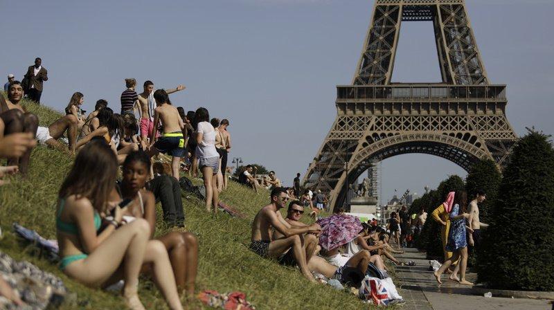 Jeudi après-midi, les températures dépassaient déjà 35°C en région parisienne et sur le quart sud-ouest. (archives)