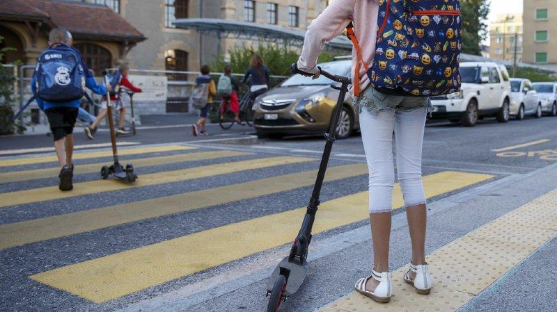 À proximité d'enfants, les automobilistes ne sont jamais trop prudents et doivent s'attendre à tout. (illustration)