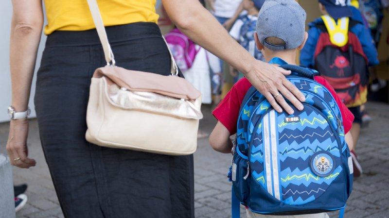 Rentrée: certaines écoles interdisent aux parents d'accompagner les élèves