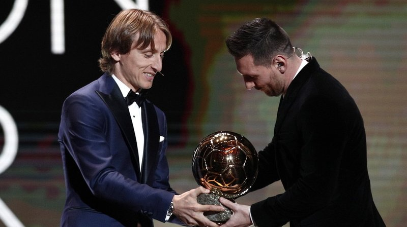 Football: le Ballon d'Or ne sera pas attribué en 2020