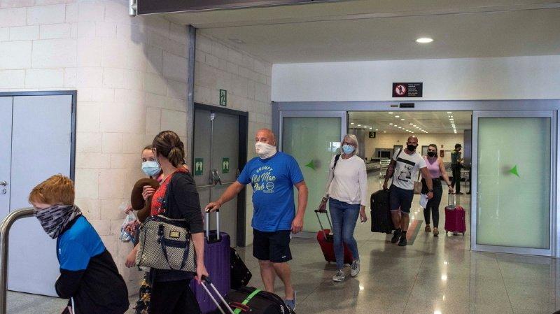 Coronavirus: l'Espagne rejoint la liste des pays à risques pour lesquels la quarantaine s'impose
