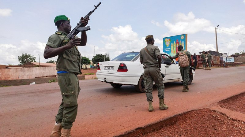 La mutinerie a débuté dans la matinée dans un camp militaire de la banlieue de Bamako.
