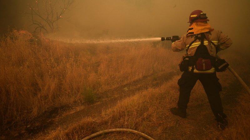 Etats-Unis: des incendies ravagent la Californie en proie à la canicule
