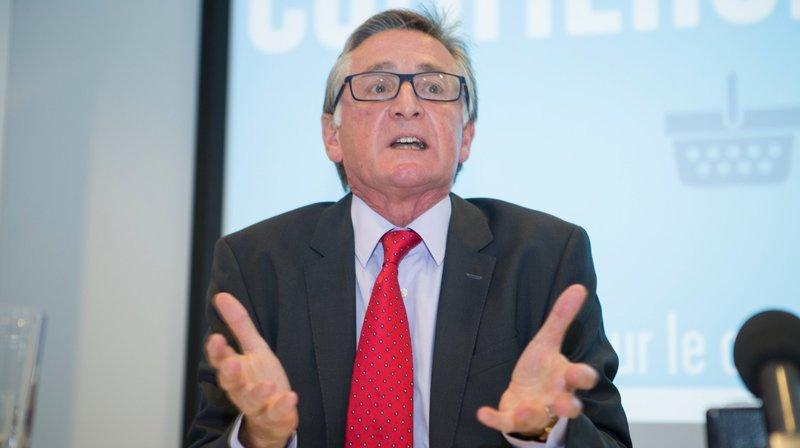 Ambassadeur de la paix, Philip Jennings combat la bombe nucléaire depuis Chéserex