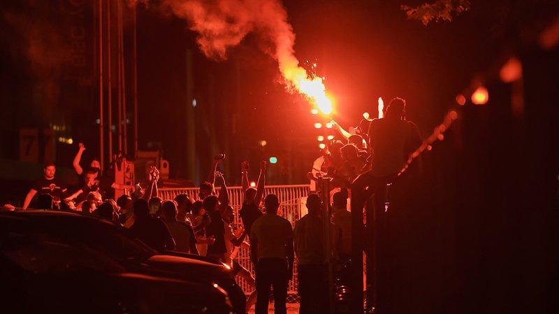 De nombreux engins pyrotechniques ont été allumés à Berne pour fêter le titre des Young Boys.